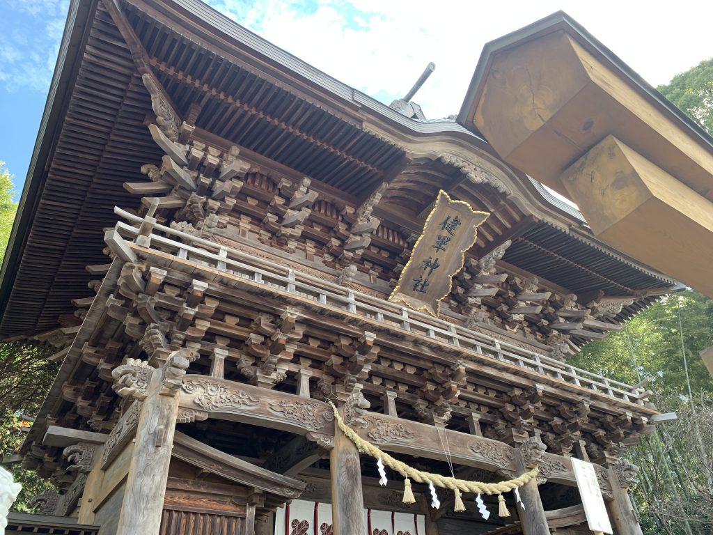 健軍神社楼門